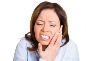 عفونی شدن ایمپلنت دندانی